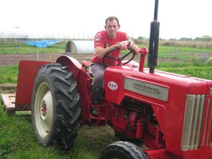 tractor.JPG