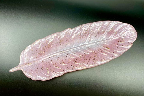 Light Pink Resin Feather Dish
