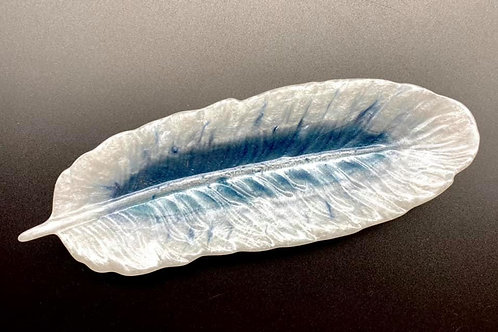 White & Blue Resin Feather Dish