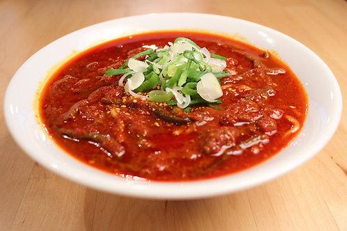 【4辛】からなりのユッケジャンスープ ※麺も付いてます。