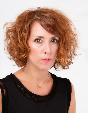 Maquilladora, Makeup artist