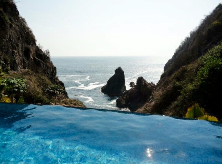 Infinity Pool & Ocean View, Mexico