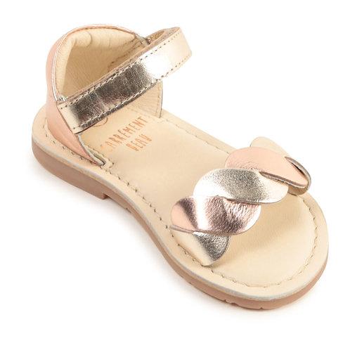Sandale tressée en cuir doré et rose cuivré - Carrément beau