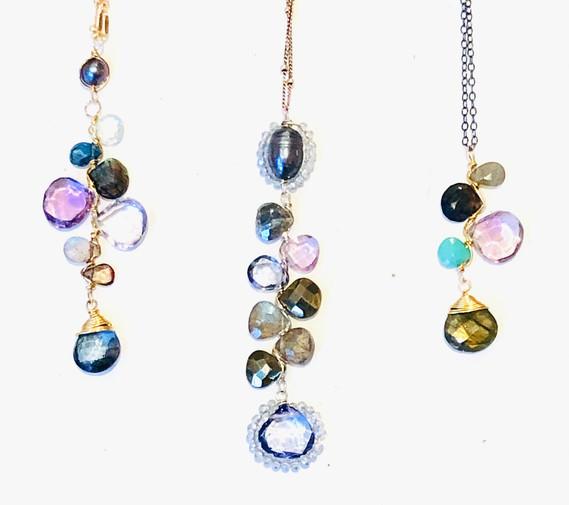 Amulete Gem Clusters