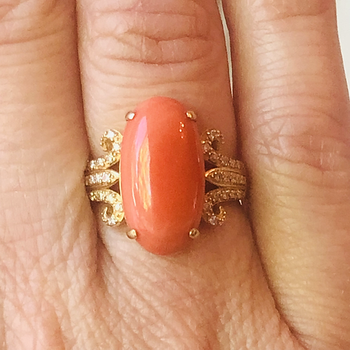 Coral Fountain Ring