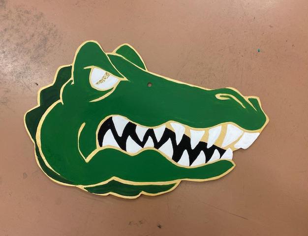 #128 Gator Head Wood Cutout