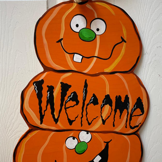 Welcome Stack of Pumpkins Wood Cutout