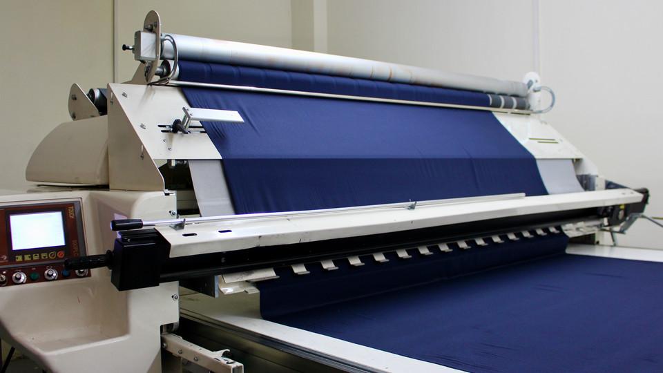 Laying Machine with fabric