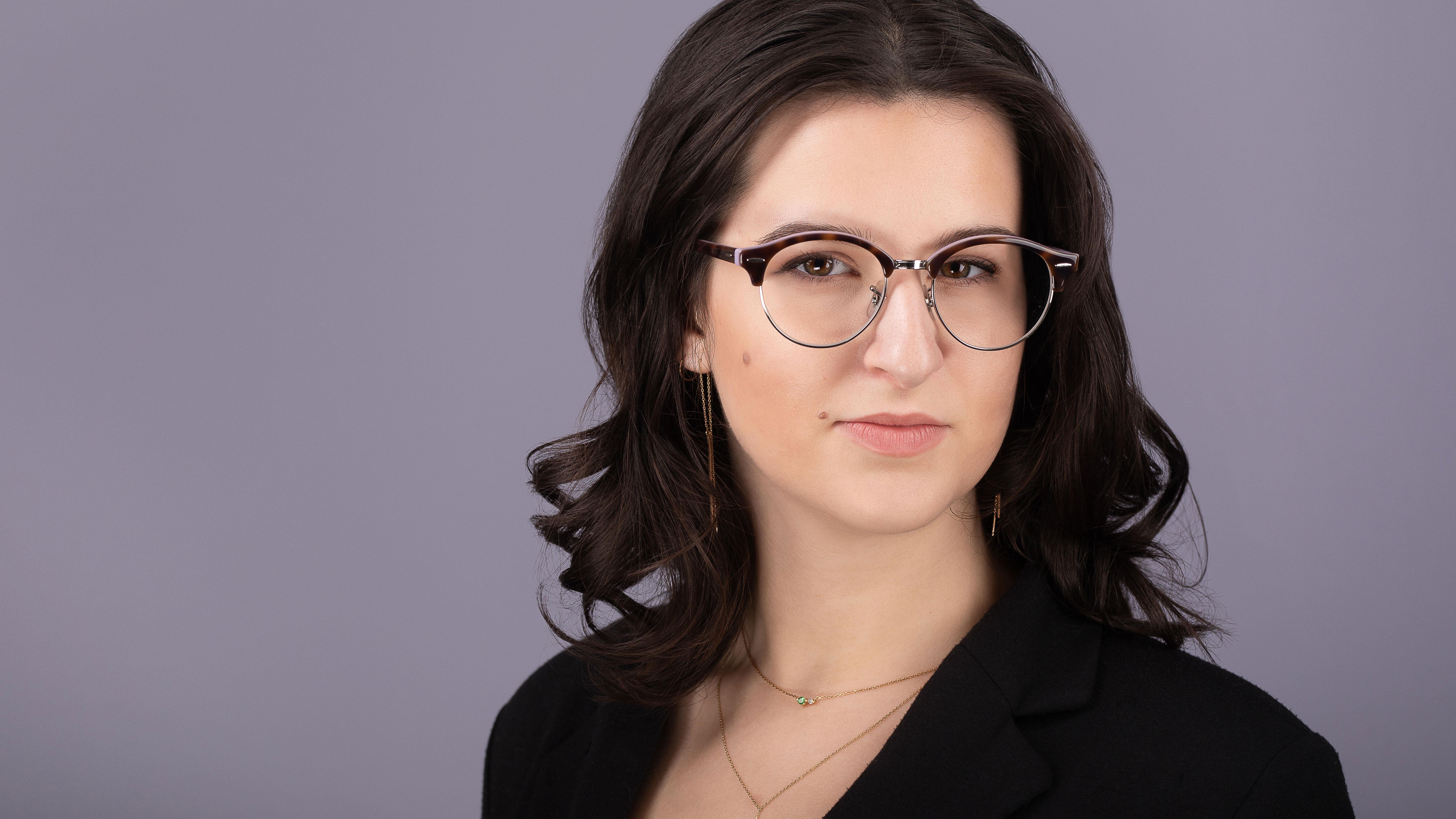 Zoe Hurley (1 of 1)