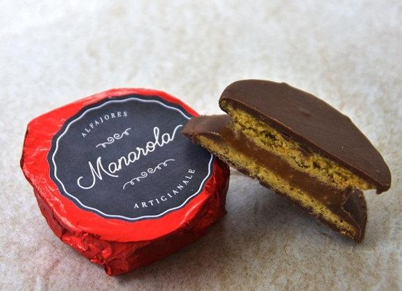 Alfajor de Almendra Cubierto con Chocolate con Leche