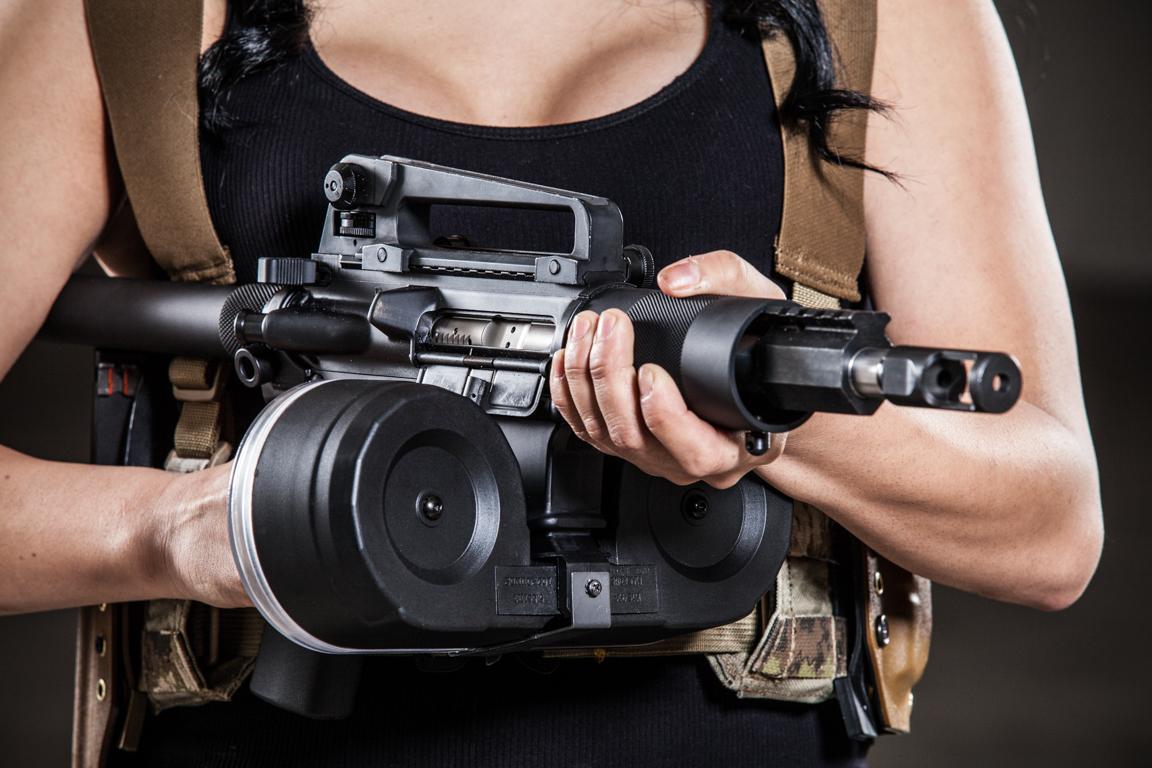boobs and guns girl with ar15 sbr