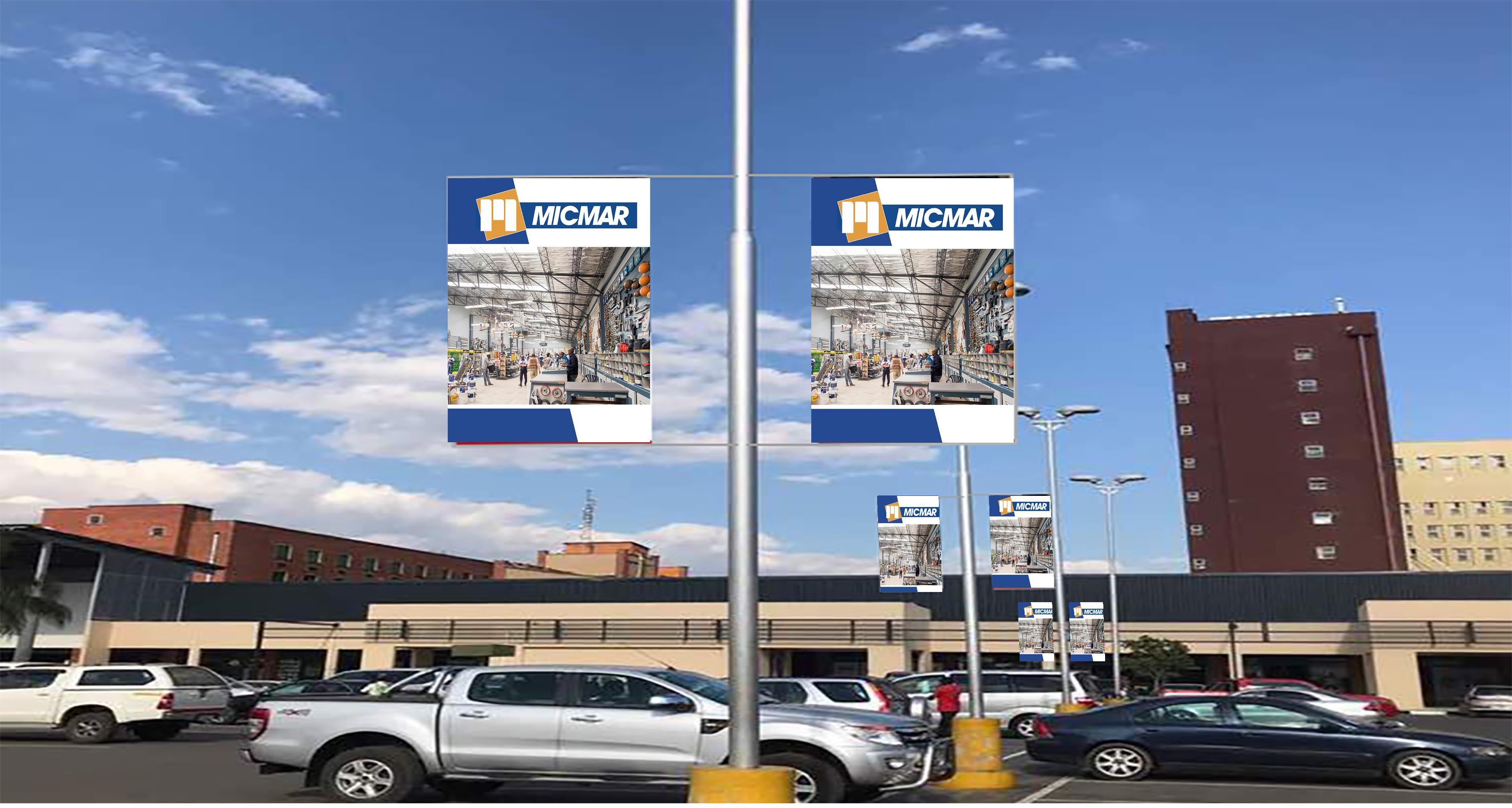 Arcades Street poles
