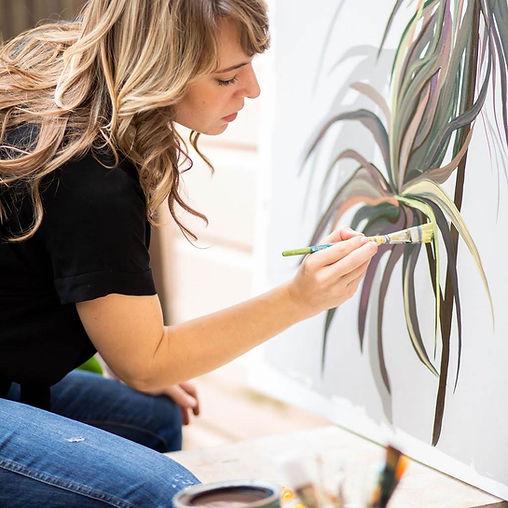 Veronica_paintingoutside2.jpg