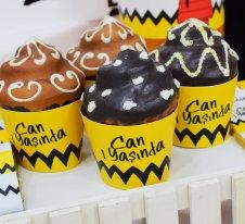 Snoopy Temalı Doğum günü Cupcake Sargısı