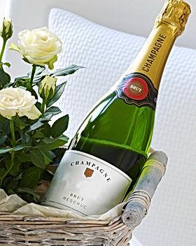 champagne cabane.jpg
