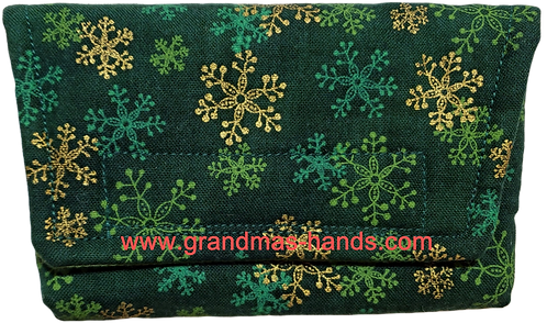 Snow Flakes on Green - Insulin Pump Pouch