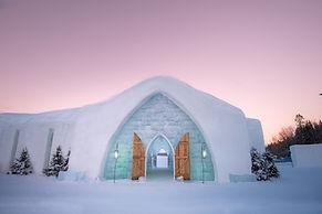 hotel de glace.jpeg