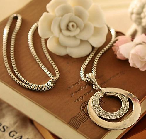 Crystal Rhinestone Shinning Round Shape Necklace
