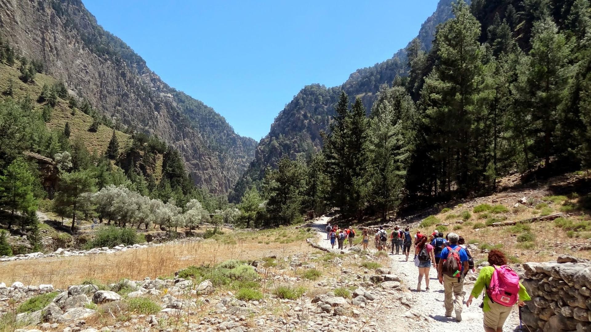 Samaria hiking