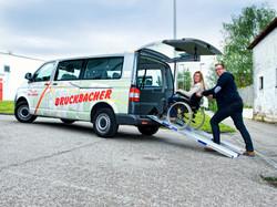 Rollstuhl-Transporte