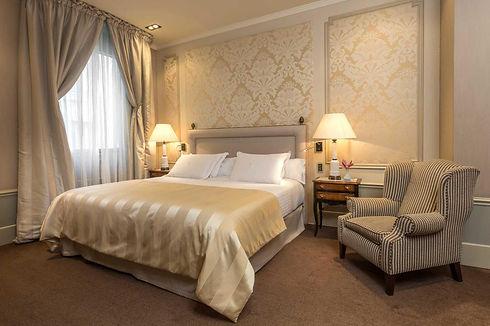 the-superior-suite-886.jpg
