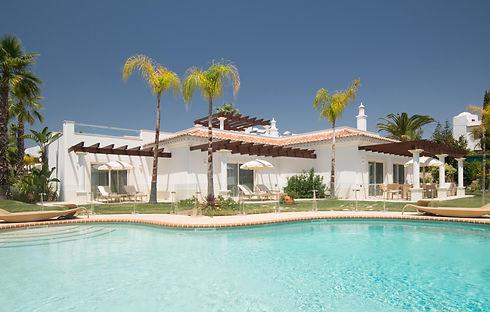 Vila Al-Mar - exterior pool view.jpg