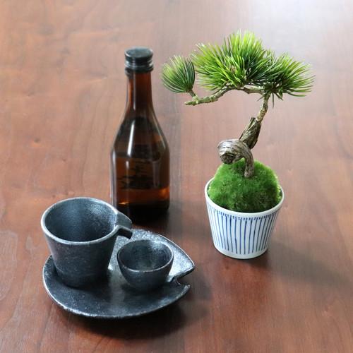 植物→松吹き流し 食器→冷酒器