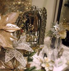 クリスマスコレクション フラワーアレンジ シャンパンゴールド PRIMA船橋店内