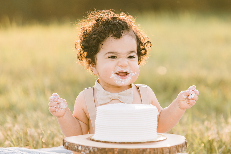 Cake Smash Family Session-103.jpg