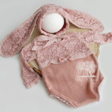 Blush Bunny Sitter Outfit