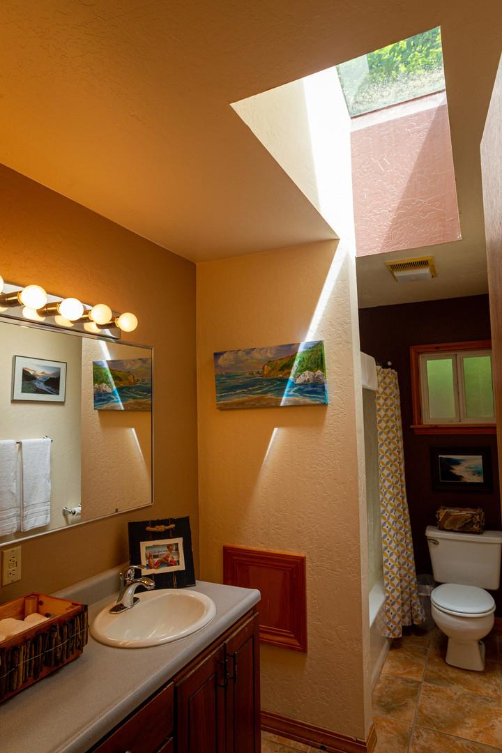 Requa House Bathroom #2