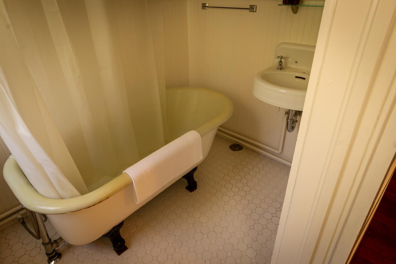 #12 Yurok Loop Bathroom