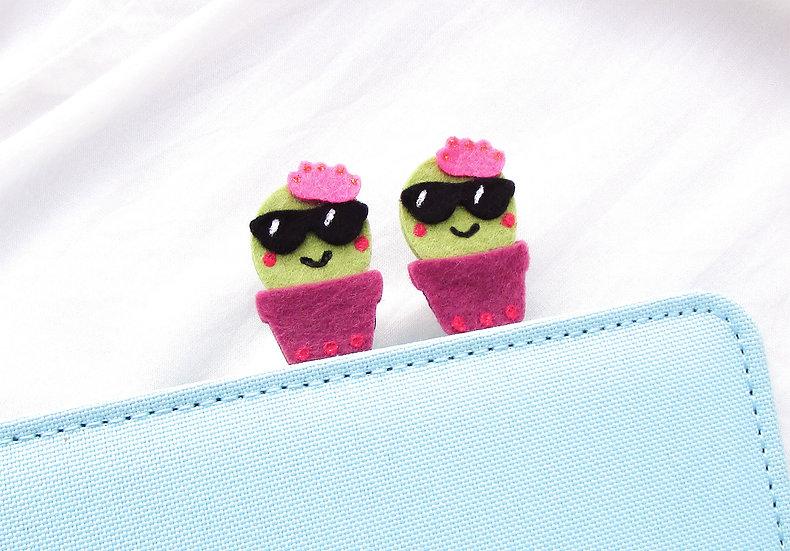 Happy Cactus Paper Clip