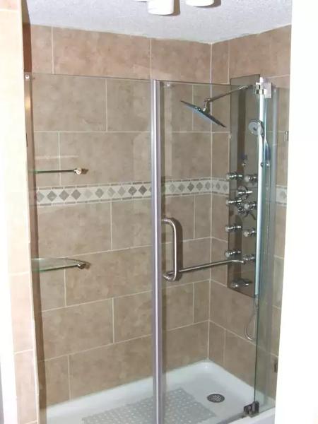 tile shower.webp