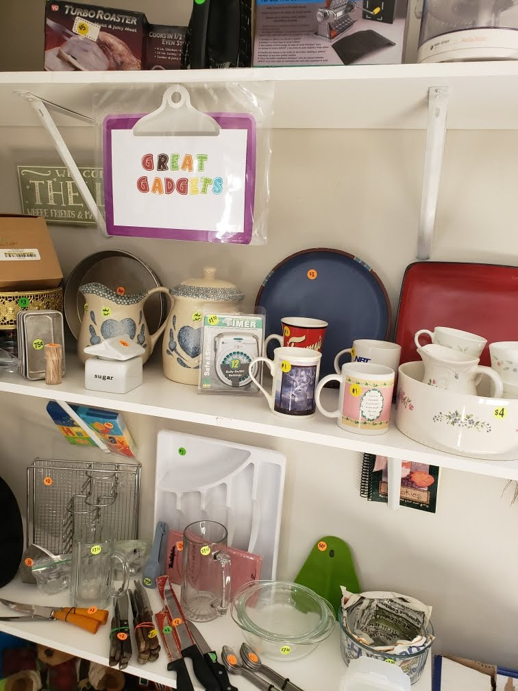 Kitchen Korner with Cups, Kitchen gadgets, appliances and more!!