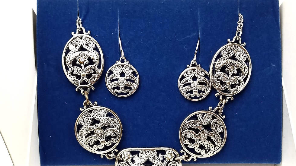 Avon silver necklace and earrings set