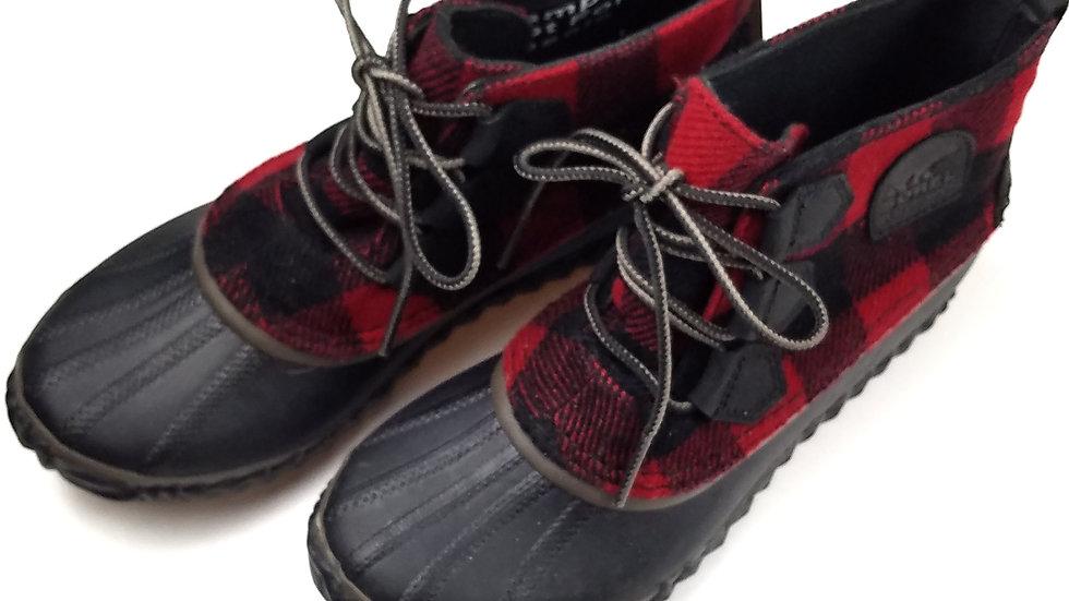 Sorel buffalo check ankle boot size 7