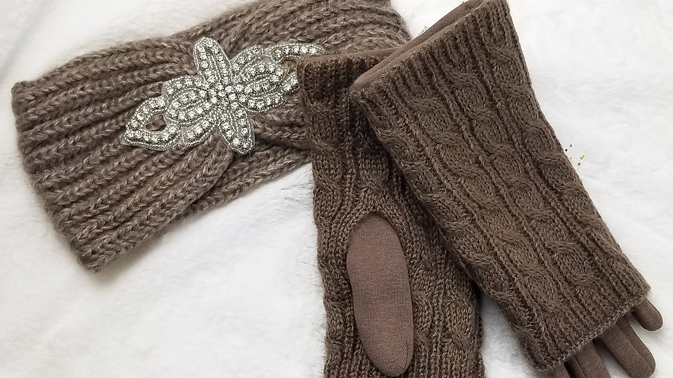 Gift set taupe gloves with headband
