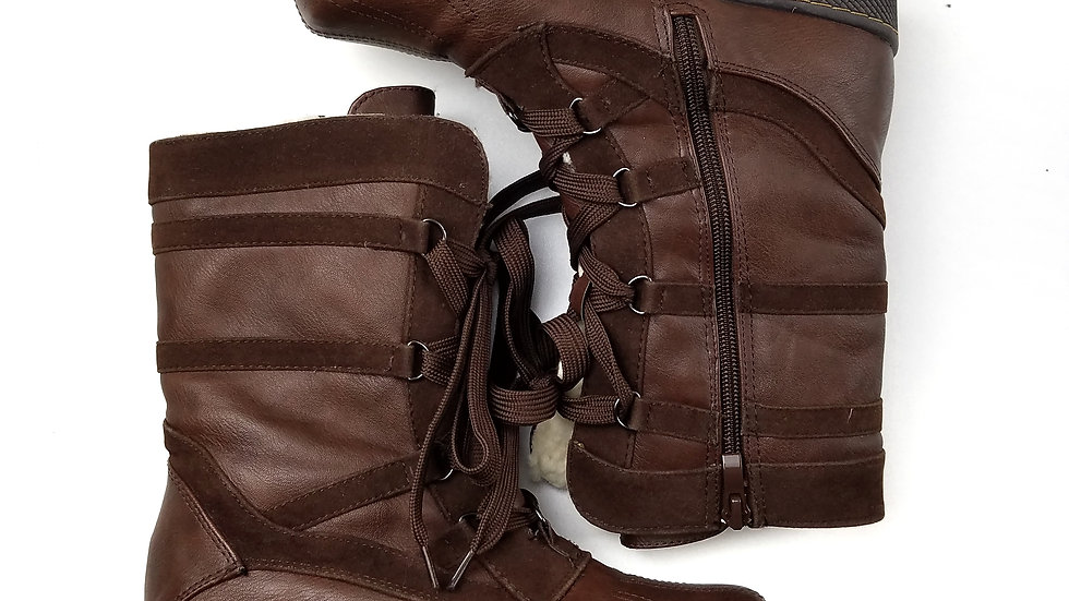 Qupid brown lace up boots size 5