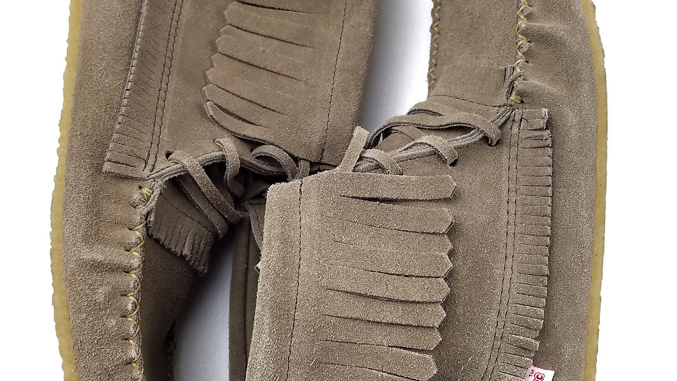 Softmoc grey moccasins size 9