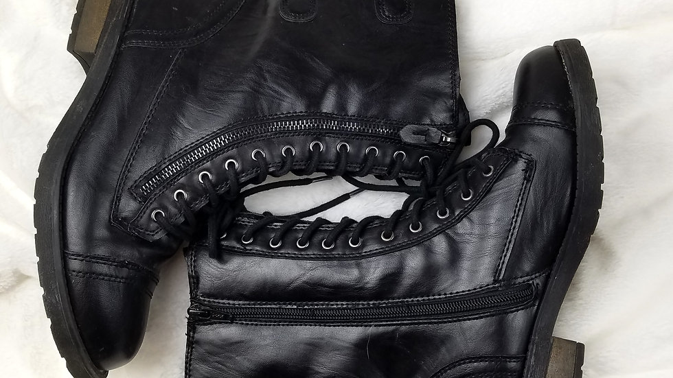 White Mountain black combat boots size 8.5