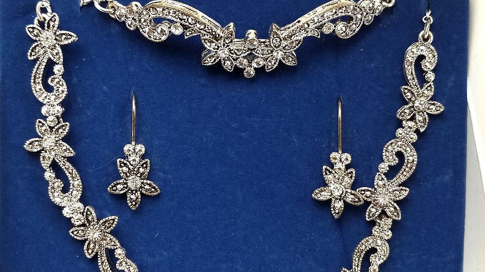 Avon silver necklace, bracelet, earrings set