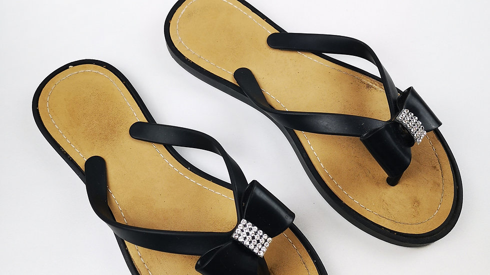 Flip flop with a bow size 8
