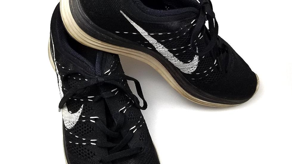 Nike lunarlon runners  size 10