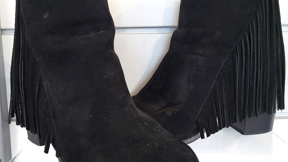 Forever 21 black ankle boot with fringe size 8