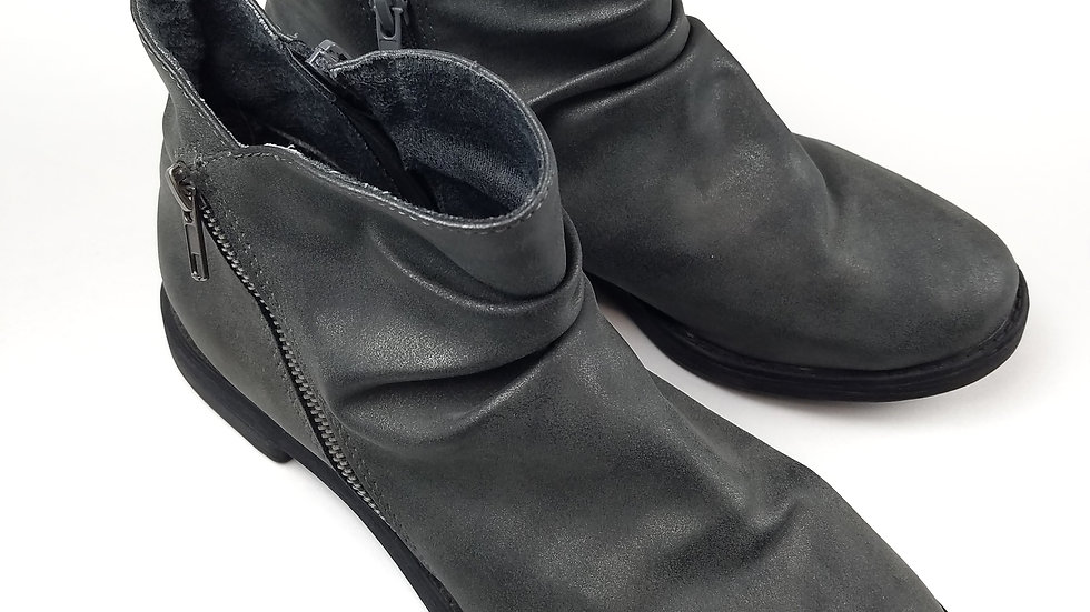 Avenue Grey Ankle boot size 8