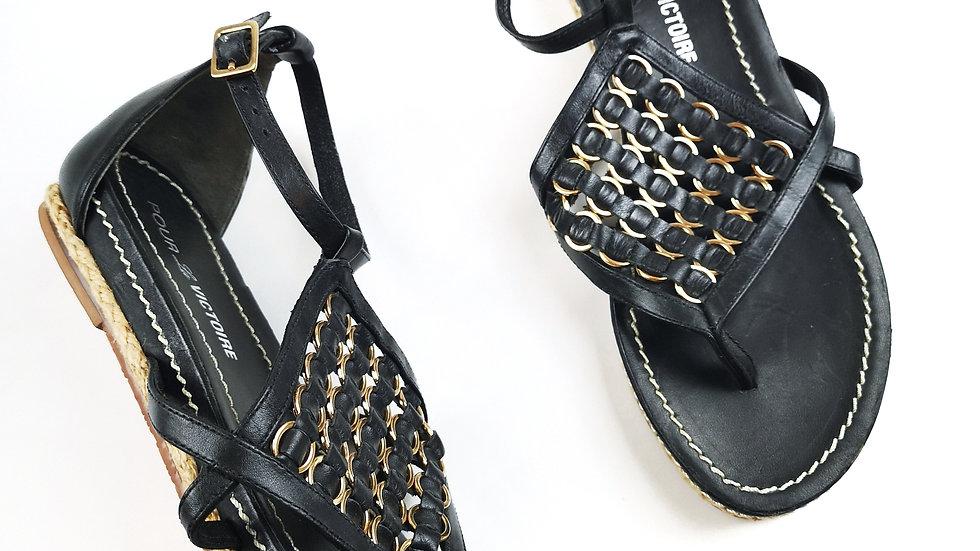 Pour la Victoire sandals size 8.5