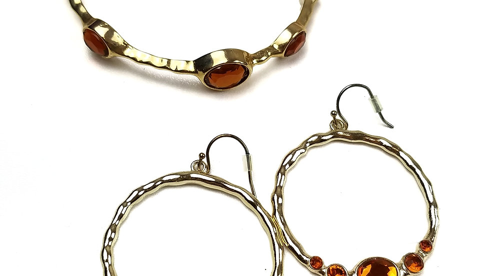 Avon gold with amber stones bracelet and earrings set