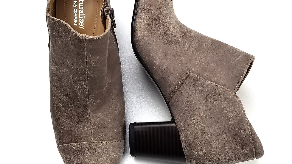 Naturalizer N5 comfort beige ankle boot size 7.5