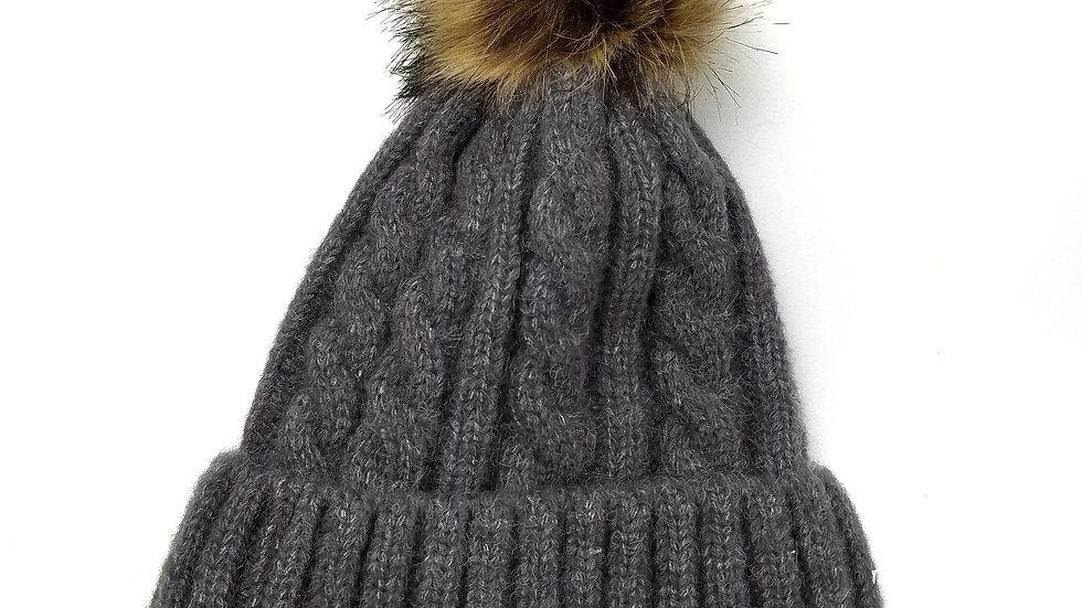 Grey knit toque with pompom (new)